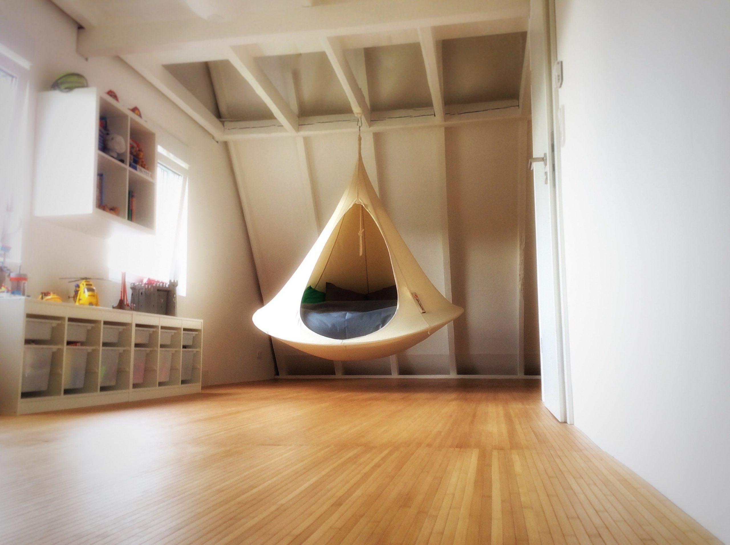 Dach- und Spitzbodenausbau zum Kinderzimmer mit Galerie